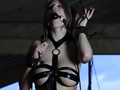 Sexy Viola's Bondaged Masturbation